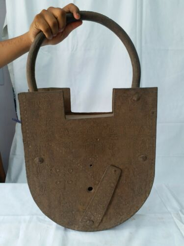Antique Very Special Giant lock Perfect Working Single Piece In Whole Market