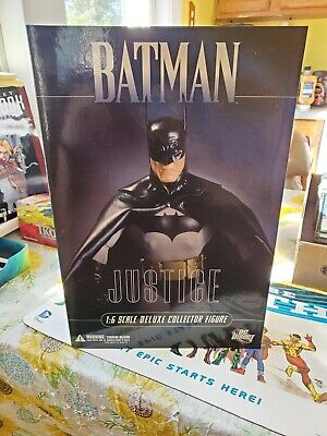DC Direct Deluxe Batman Justice 1:6 Collector Figure