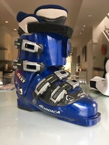 Nordica Ski Boots 26.5 Awesome Walk Setting