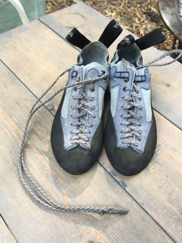 Kids rock climbing shoes, Scarpa US 4 1/2