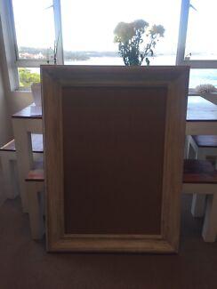 Large frame - whitewashed wood style