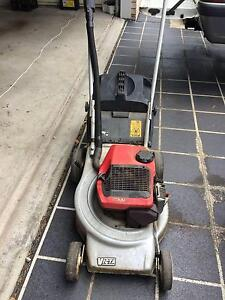 victa 2 stroke lawn mower for sale Springfield Lakes Ipswich City Preview