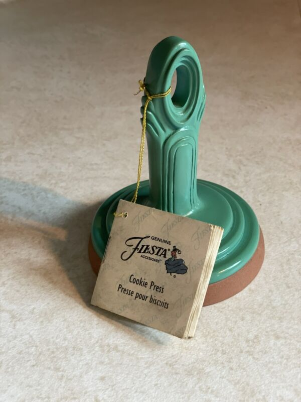 New Vintage 1997 Fiesta Turquoise Ceramic Cookie Stamp Press Circle Plate Shape