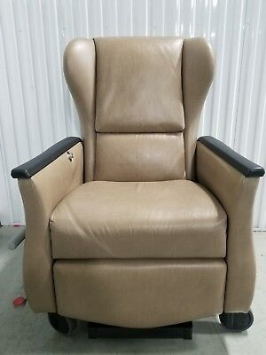 Nemschoff Serenity Iii 791-12 Heat And Massage Treatment Recliner Chair