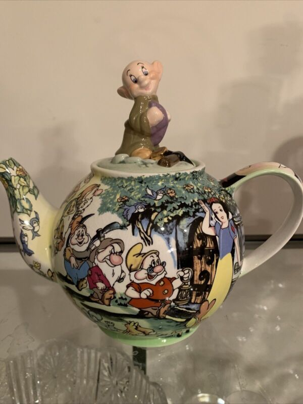 "Collectible Cardeau DisneyPrincess ""Snow White And Seven Dwarfs"" Teapot 8"" MINT!"