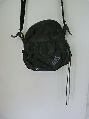 Mignon petit sac noir cuir et toile IKKS à porter en bandoulière Petit prix.