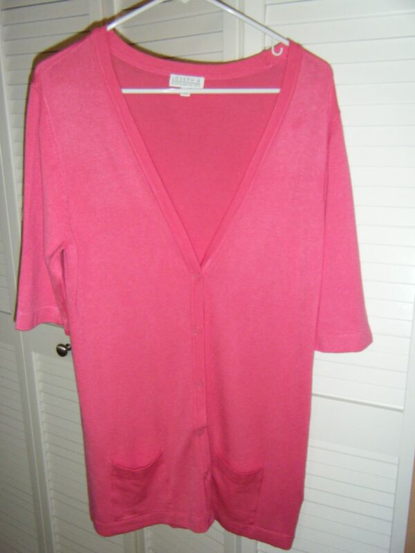 JOSEPH  A HOT PINK MEDIIUM SHORT SLEEVE CARDIGAN SWEATER V NECK 2 POCKET FRONT