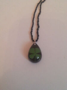 REAL Four Leaf Clover Pendant/Necklace 4 Leaf in Small Drop Resin Shamrock Irish