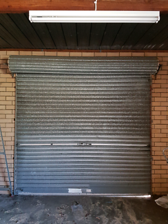 MANUAL GARAGE ROLL A DOOR WITH KEY SMOOTH OPERATION