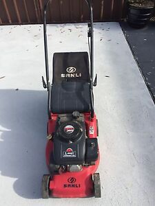 Very good condition lawn mower Epping Ryde Area Preview