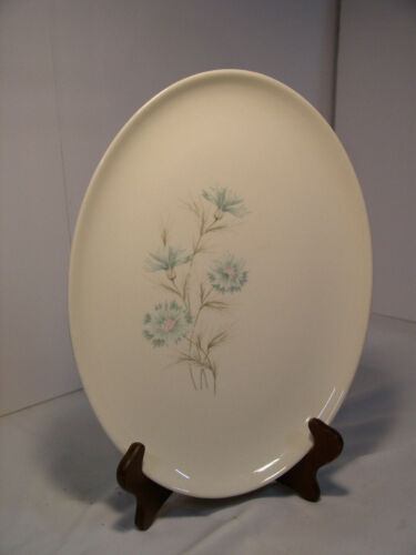 "Taylor, Smith & Taylor TST BOUTONNIERE Pattern 13½"" Oval Serving Platter"