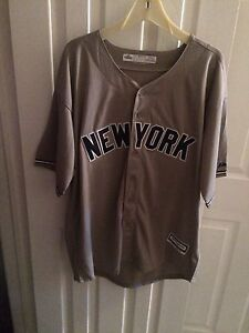 Mariano Rivera New York Yankees jersey XL new