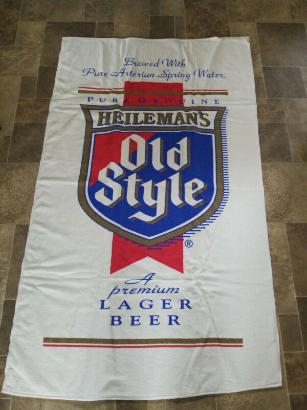 Heilemans Old Style Beer Advertising beach cloth bar Towel wis new