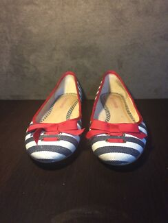 Beautiful striped Diana Ferrari flats Bronte Eastern Suburbs Preview