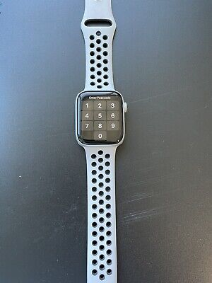 apple watch series 5 Nike Edition 44mm GPS + Cellular (3 Straps)