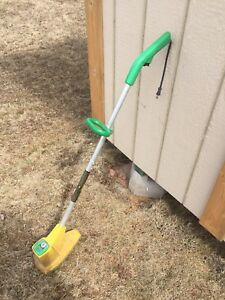 Electric Grass Trimmer