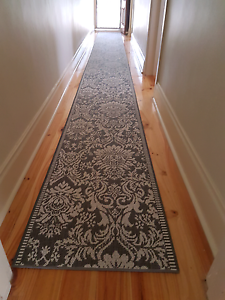 Hall runner Nailsworth Prospect Area Preview