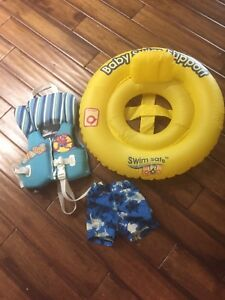 Infant swimming set with life jacket
