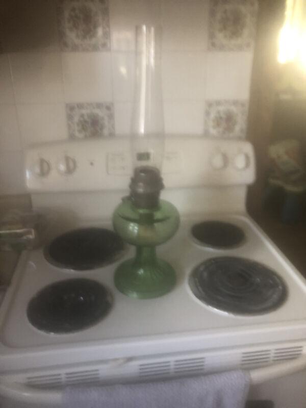 Original Bee Hive Aladdin Lamp Green With Chimney