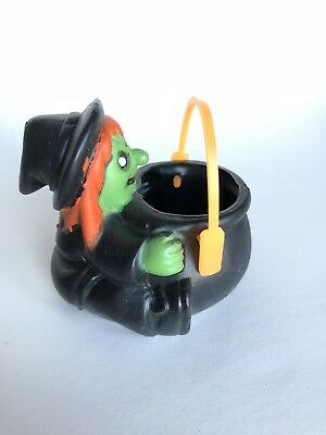 1990 Old Fun World Halloween witch cauldron kettle little plastic candy holder