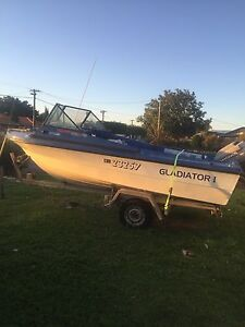 16ft fiberglass boat ready to ride. Morley Bayswater Area Preview