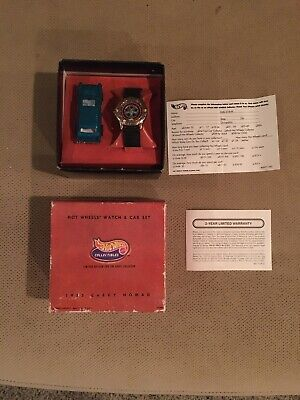 Hot Wheels 30th Anniversary Watch and Nomad Set