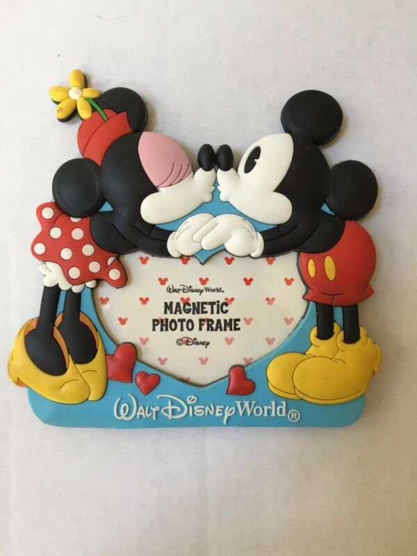 ⭐️Walt Disney World  Picture Frame Mickey Minnie Heart Kiss Photo Magnet