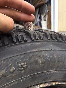 4 pneus hiver GoodYear Nordic P155/80R13 + Rims