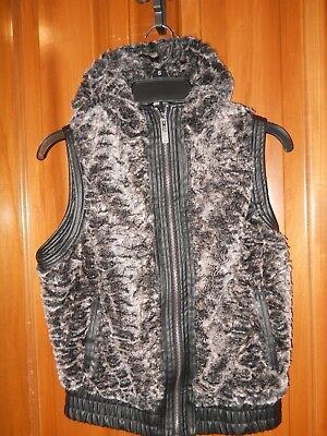 EUC YMI Faux Fur & Faux Leather Hooded Vest Black & White, Size Small ()