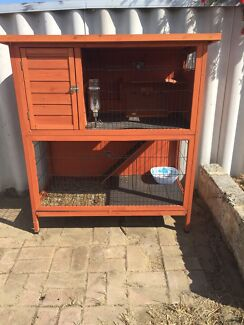 Rabbit hut only used for 2 months  Girrawheen Wanneroo Area Preview