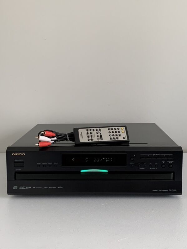 Onkyo DX-C390 6 Disc CD Player Carousel Changer w/Remote And Audio Cable