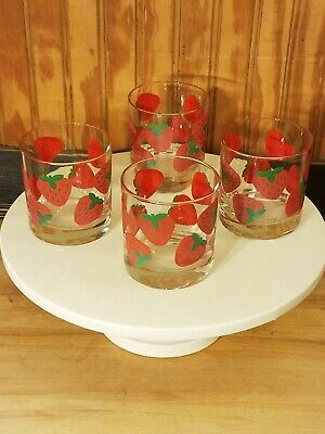 Set of 4 Vintage Colony Strawberry Red Green Drinking Rocks Glasses Tumblers ()