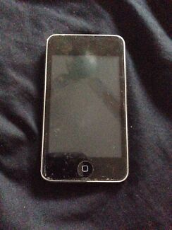 iPod touch 1st gen 8gb Narre Warren South Casey Area Preview