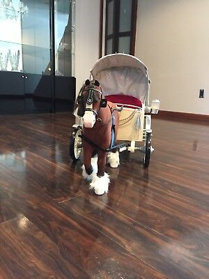 AMERICAN GIRL DOLL PRETTY CITY CARRIAGE & HORSE