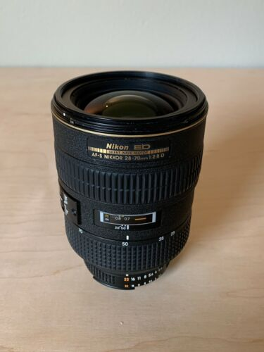 Nikon Zoom Nikkor AF-S 28 mm - 70mm f/2.8D IF-ED