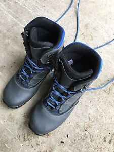 Cross country ski boots W8