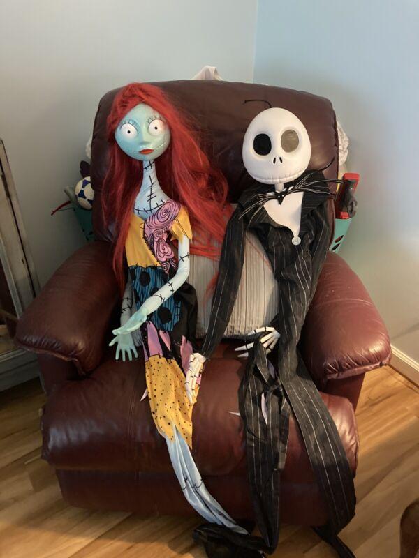 Jack and Sally Hangup decorations