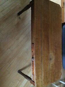 Table Antique 1920