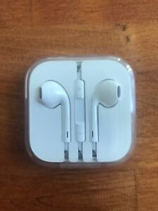 iPhone headphones (fit standard headphone jack)