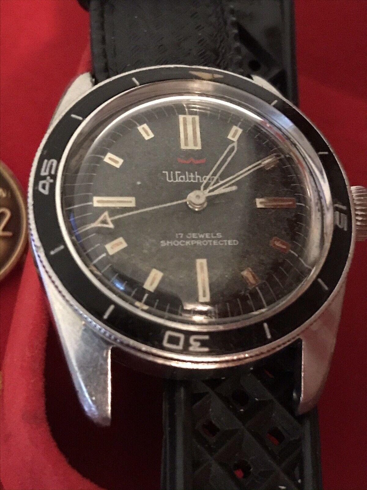 Vintage Waltham Blancpain Bathyscaphe Bakelite Skin Diver Paul Newman *No Resv* - watch picture 1