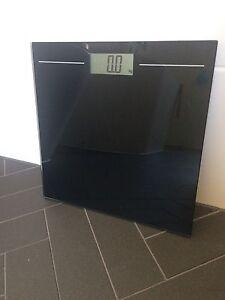 Black bathroom scales Princes Hill Melbourne City Preview