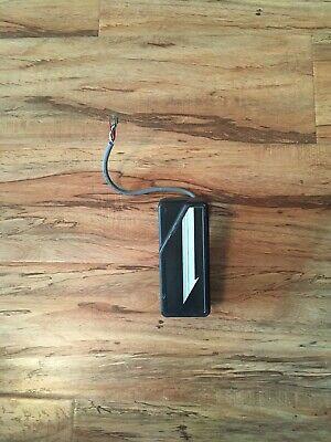 Hid 30387 Classic Wiegand Access Control Swipe Card Reader 3100321.
