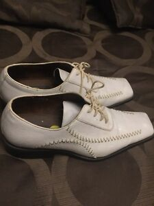 New Men's Size 9 Tango White Patent Leather Shoes