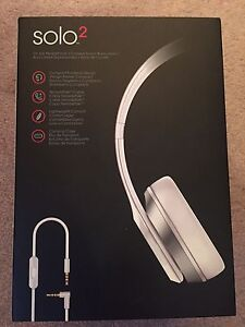 New Beats Solo2 White Headphones