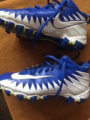 youth football cleats size 2.5