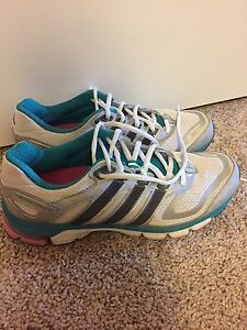 Adidas Size 8.5 Running Shoes
