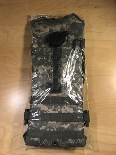 New USGI US Army Surplus MOLLE II ACU Hydration Carrier Backpack w/ 3L Bladder