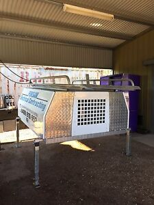 Jack off canopy tool box Kilmore Mitchell Area Preview