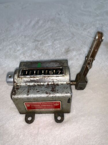 ANTIQUE GENERAL AUTOMATION CONTROLS MANUAL COUNTER
