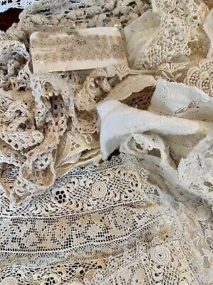 Antique Bobbin Lace Collar and Cuffs ~  Lace Medallions~ Mid 19th Century